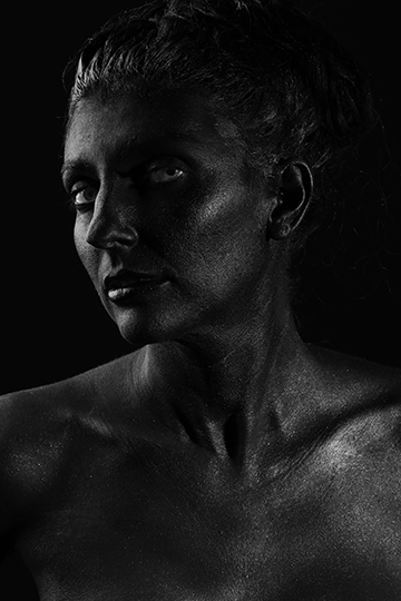 Salon Tease Painted Black Boudior1