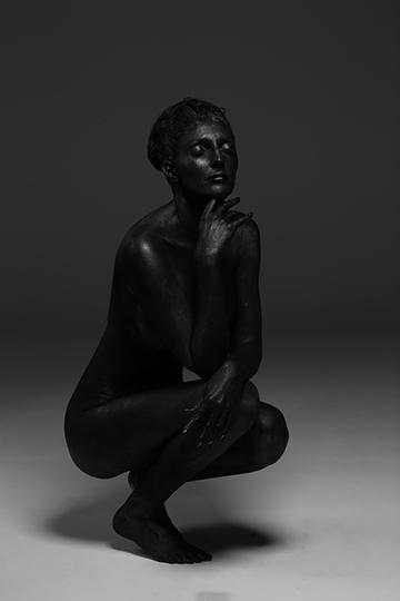 Salon Tease Painted Black Boudior2