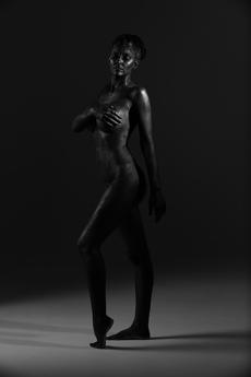 Salon Tease Painted Black Boudior5