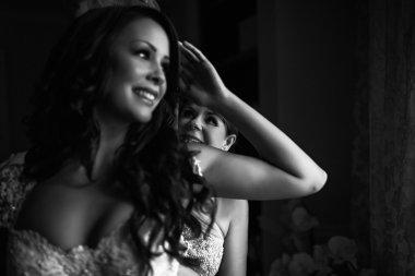 Salon Tease Featured in Grace Ormonde